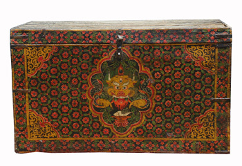 Tibetan chest with dragon