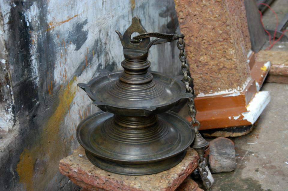 big bronze antique hanging oil lamp, Kerala
